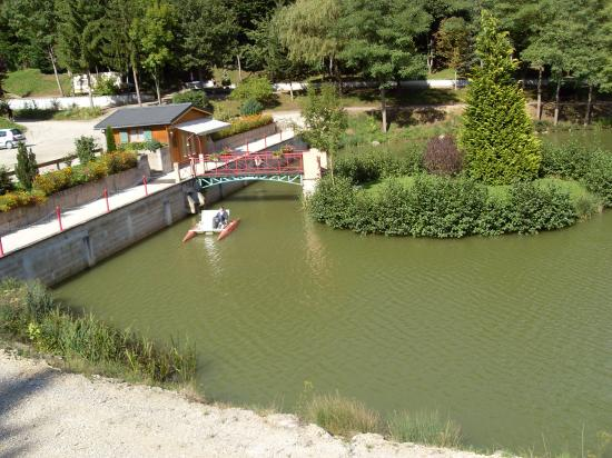 Promenade en pédalo sur l'étang